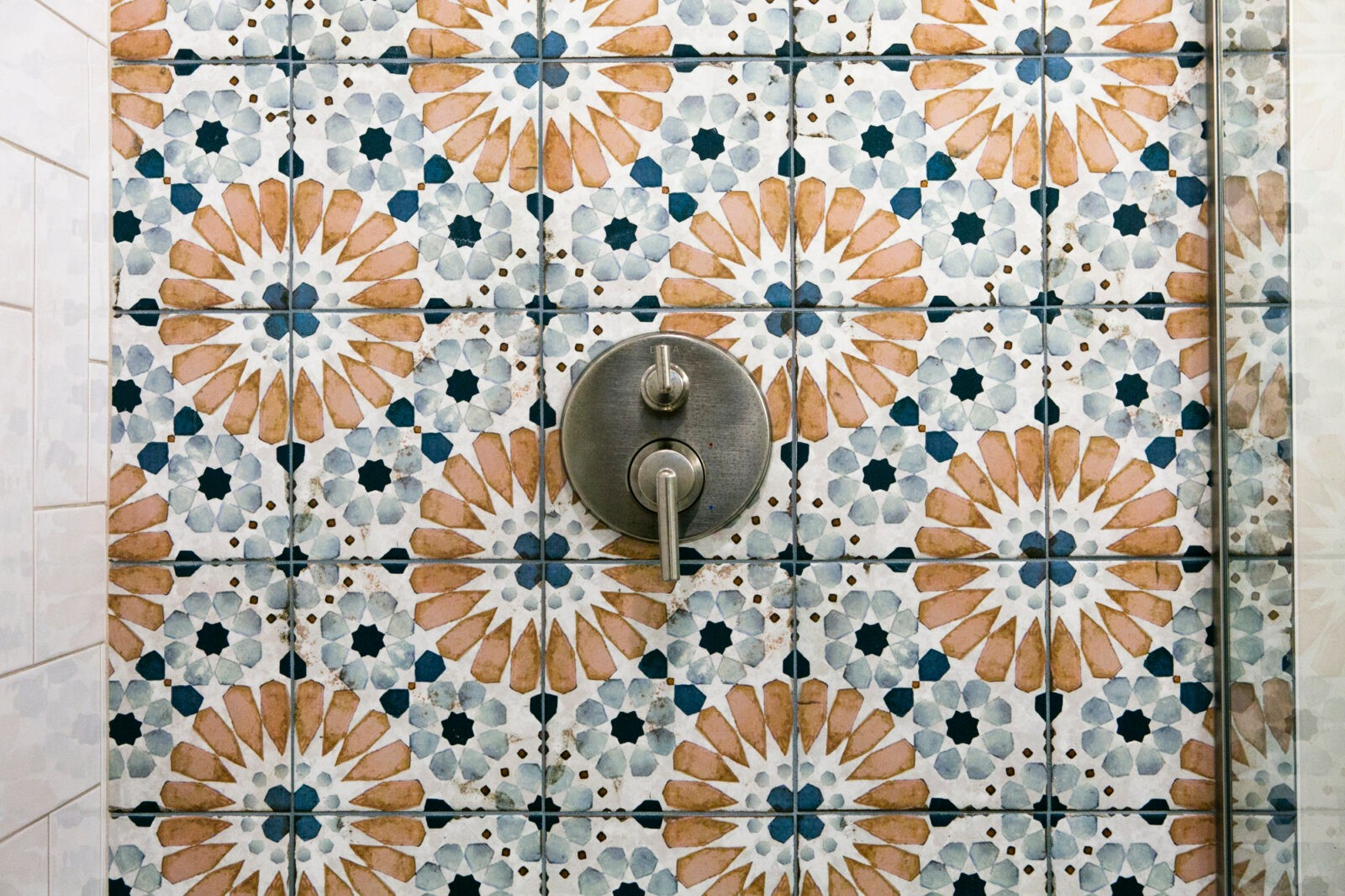 Angie Schwab Interiors   H&R Carpets and Flooring