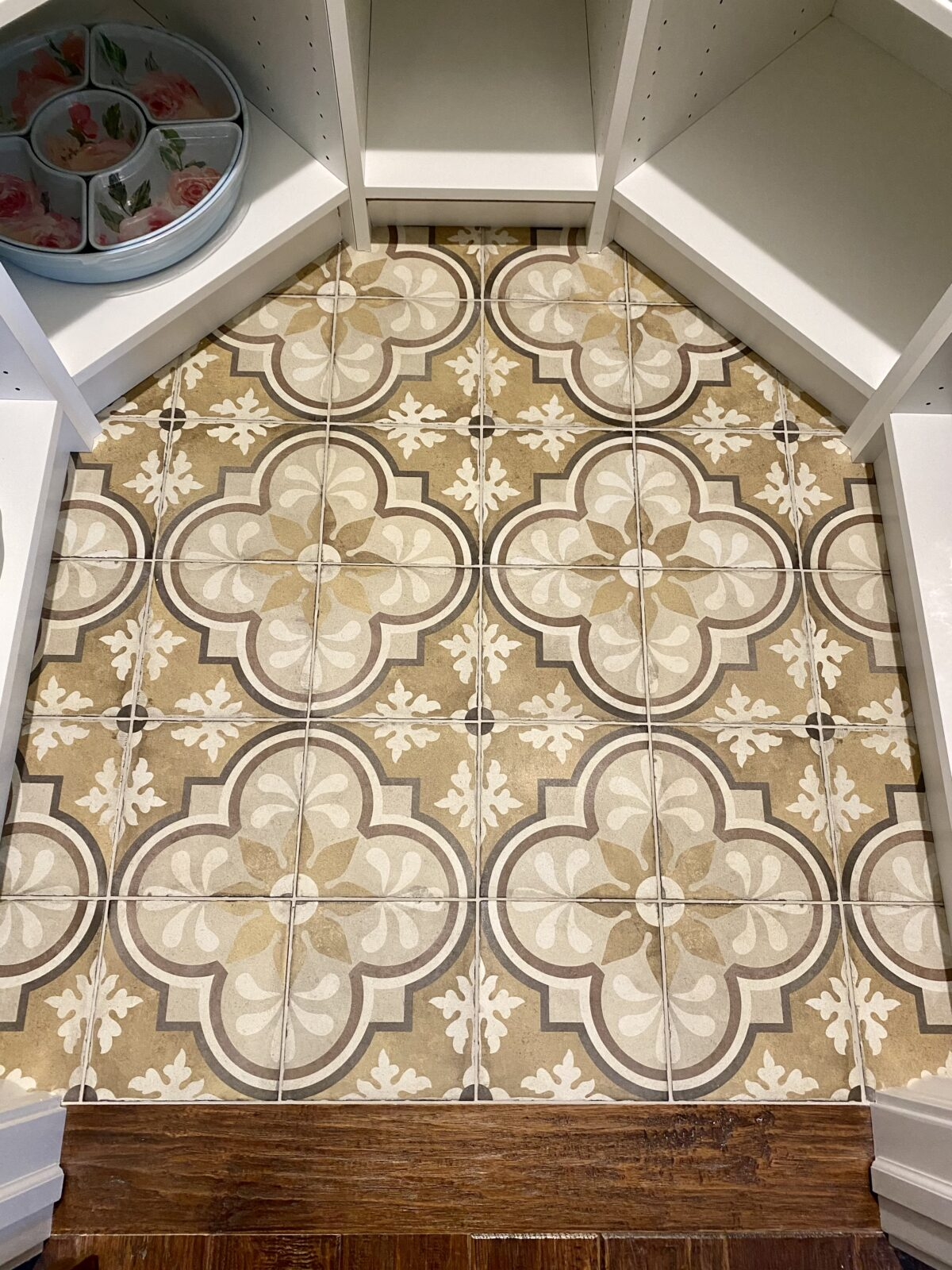 Tiles   H&R Carpets and Flooring
