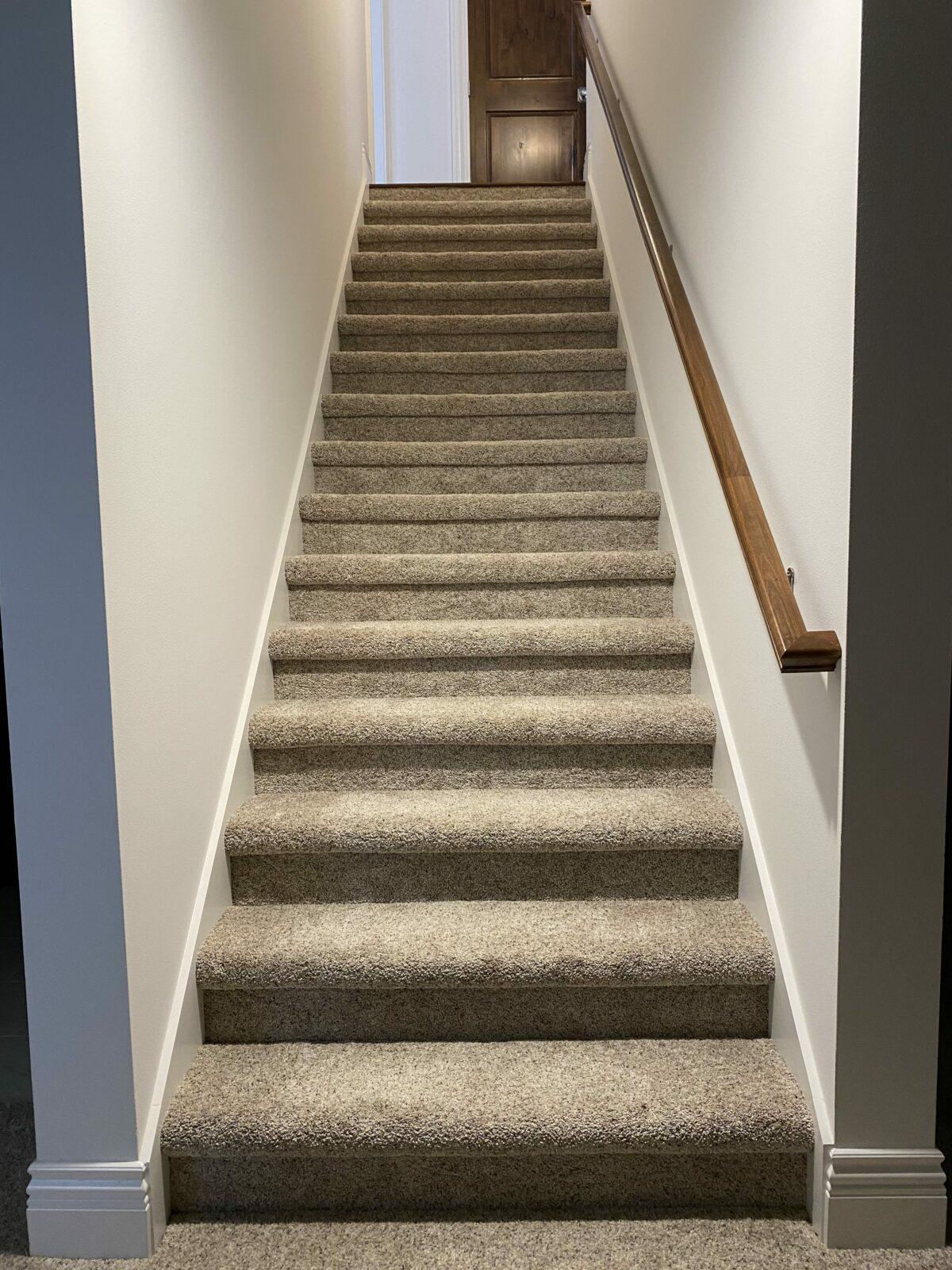 Stairs carpet flooring   H&R Carpets and Flooring